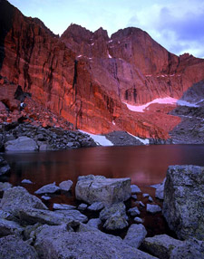 Alexander Ho and ISO50Photo.com specializes in Alpenglow Photography